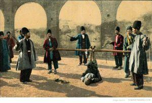 در گذشته فلک بستن یکی از شیوه های رایج برای تنبیه افراد بود