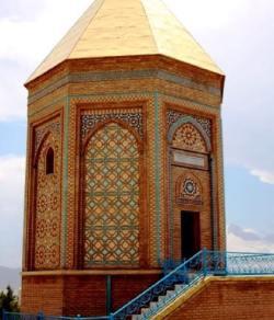 Naxçivan şəhəri Nuh türbəsi
