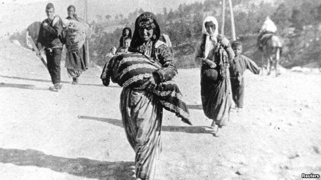 ک خانواده ارمنی در جریان کوچ اجباری در سال ۱۹۱۵